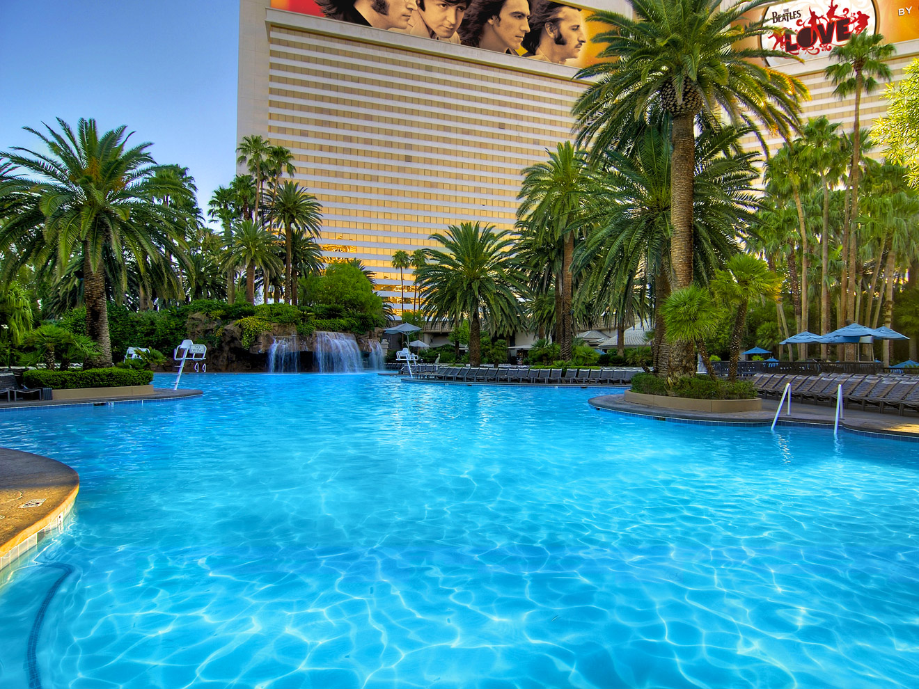 The Mirage Hotel Has One Of Best Family Pools In Las Vegas